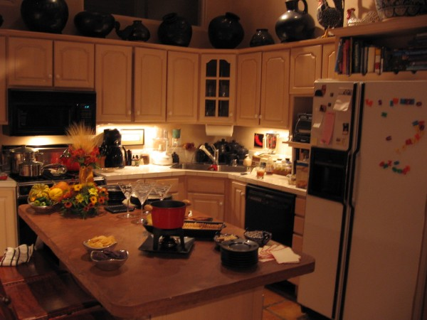 Taos-Vacation-Rental-Fully-Equipped-Kitchen-7